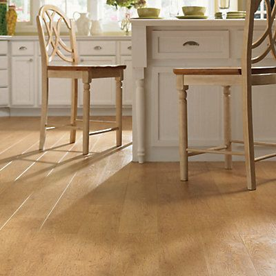 Mohawk Somerton Ii Horsetail Oak Laminate Flooring 12mm 1622 Sq