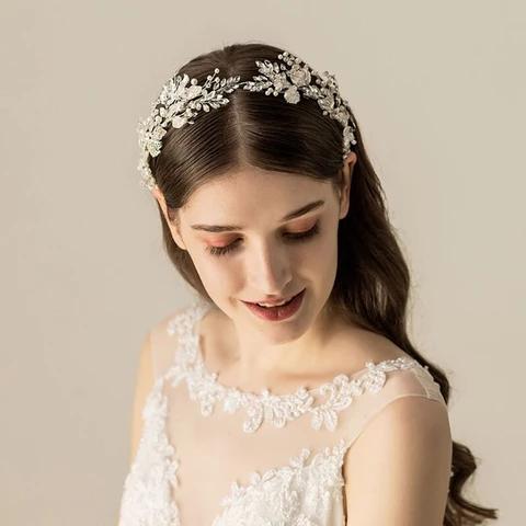 Photo of #wedding hair styles for medium hair #kim kardashian wedding hair #curly wedding…