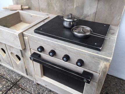 Holzküche Spielküche massiv Kinderküche Design in Nordrhein - küchen gebraucht günstig