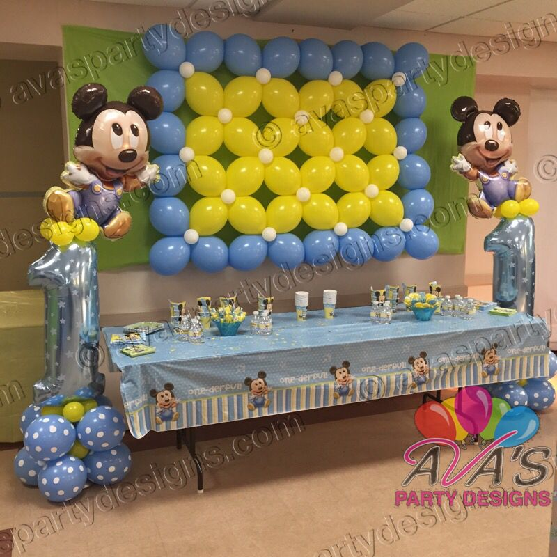 Baby mickey 1st birthday balloon wall and columns for Balloon decoration on wall for birthday