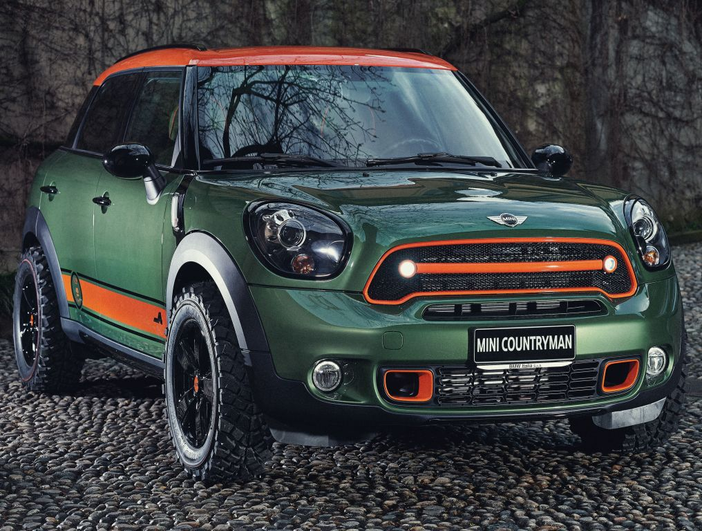 mini cooper s all4 countryman wears c p company r60. Black Bedroom Furniture Sets. Home Design Ideas