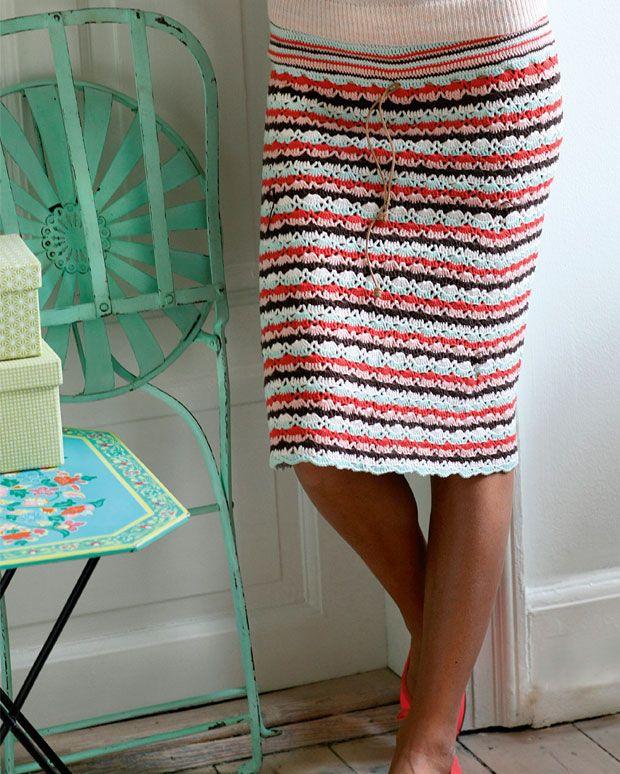 8190109778f9 Garnet til denne hæklet nederdel fås i ikke mindre end 56 farver