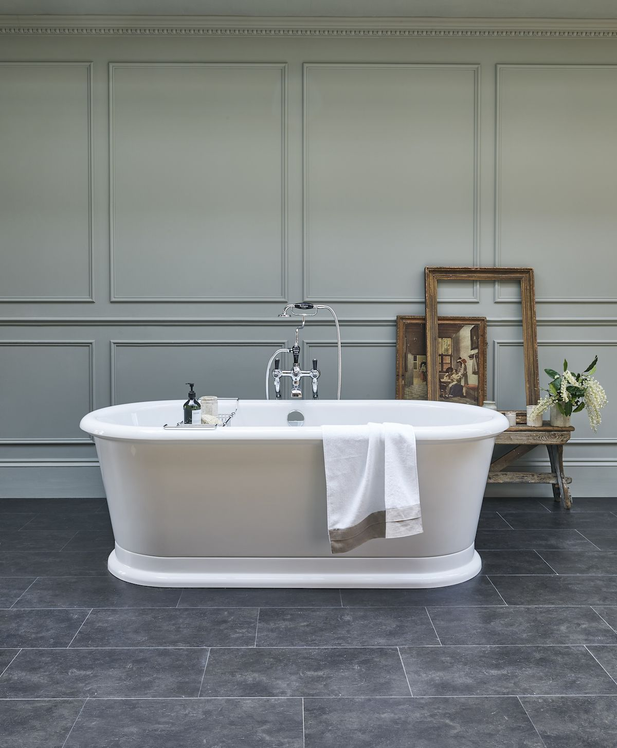 Sink Into Our London Round Soaking Tub For The Ultimate Relaxation