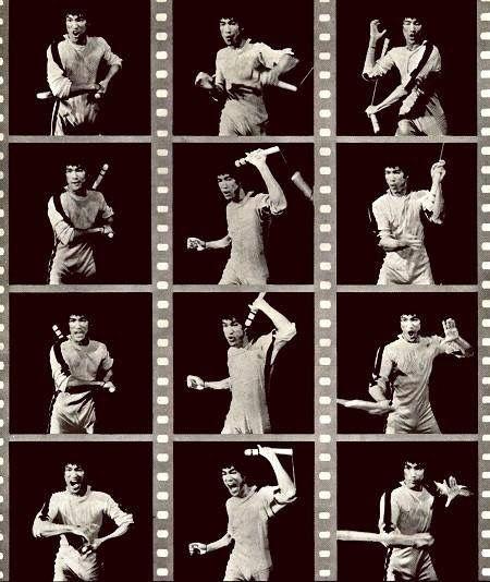 Epingle Par Gary Munce Sur Bruce Lee Emoticone Bisous