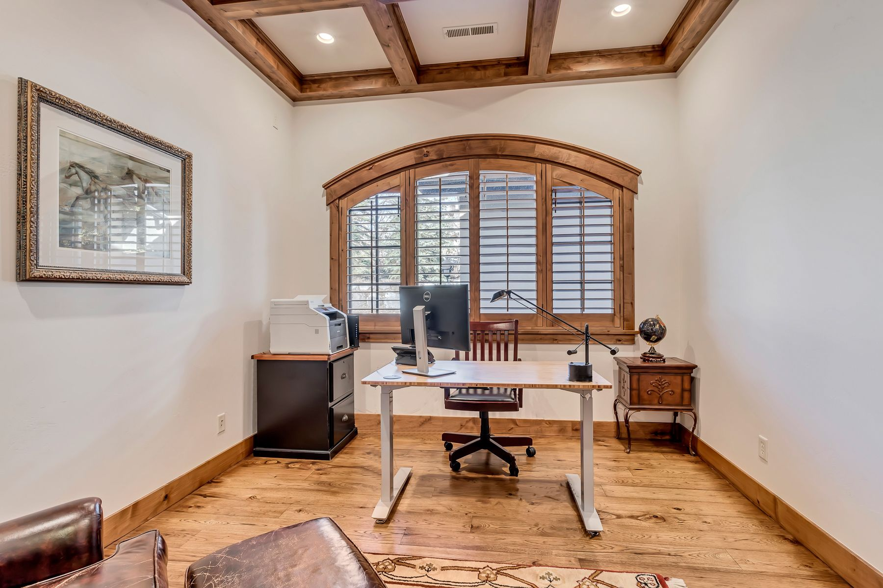 The Seller's pride of ownership is obvious throughout this well built and meticulously maintained home. #WindermereUtah #DreamHome #UtahHomes #HomeOffice #HomeOfficeDecor #HomeOfficeDesign #Office #Workspace #HomeWorkspace #DreamHome #LuxuryHome #LuxuryLiving