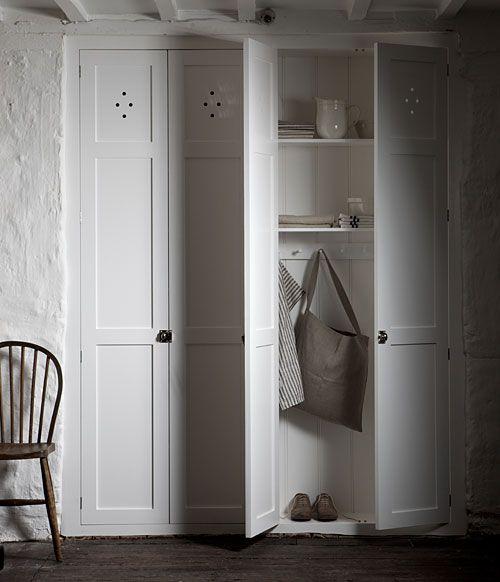 Bespoke Kitchens The Classic English Kitchen Devol Kitchens Handmade English Furniture Devol Kitchens Built In Cupboards Bespoke Kitchens
