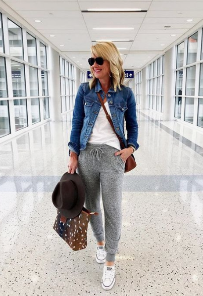 Travel Outfits: Traveling Outfit Ideas for Women   Comfy Travel Clothes