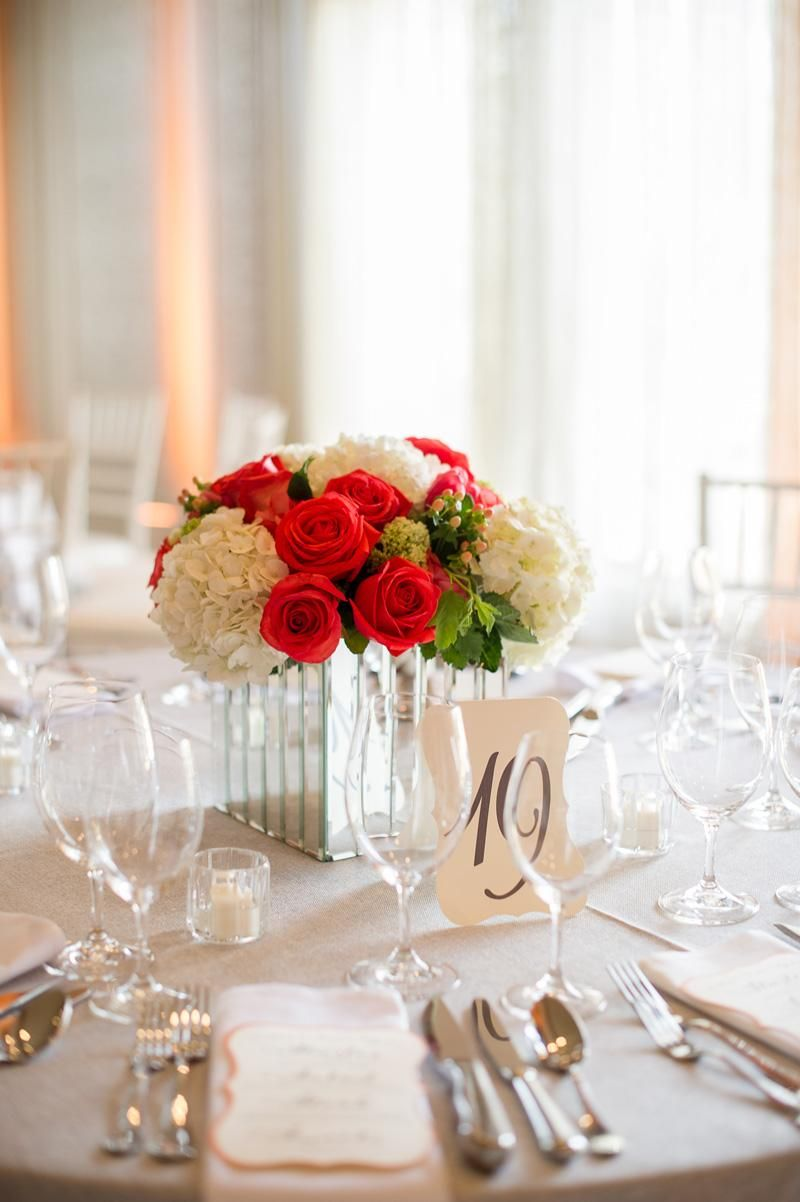 Gorgeous red and white centerpiece. Photo by Beautiful Day Images ...