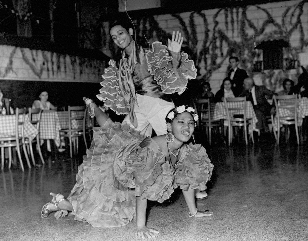 1937 – Fusión corporal, arte en movimiento.