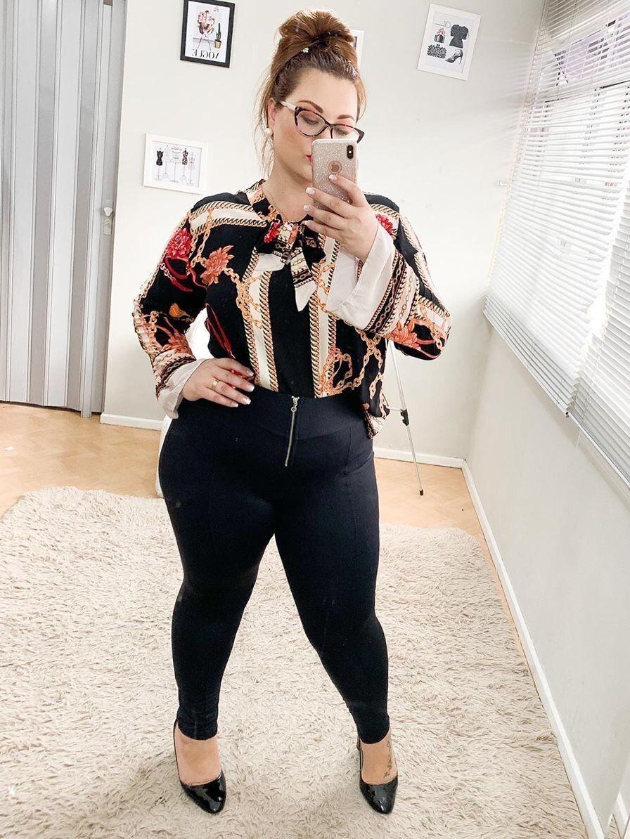 Pin von more curves please auf selfies .. curvy ladies