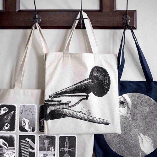 taschen mit lieblingsbildern sie k nnen in kopiershops bilder auf folie drucken lassen und diese. Black Bedroom Furniture Sets. Home Design Ideas