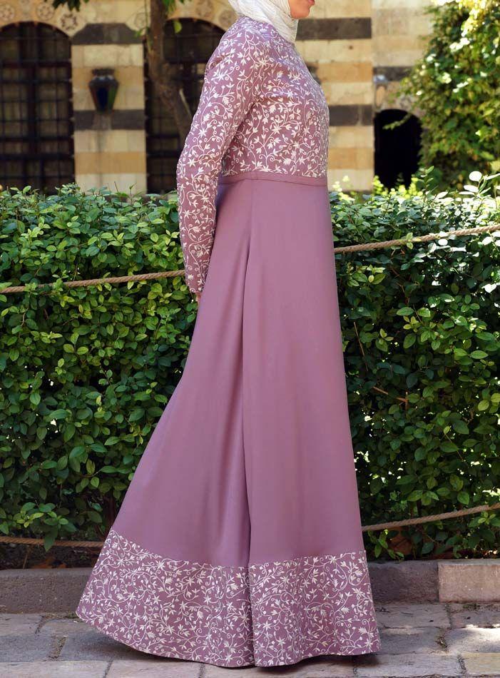 SHUKR USA   Nusayba Gown