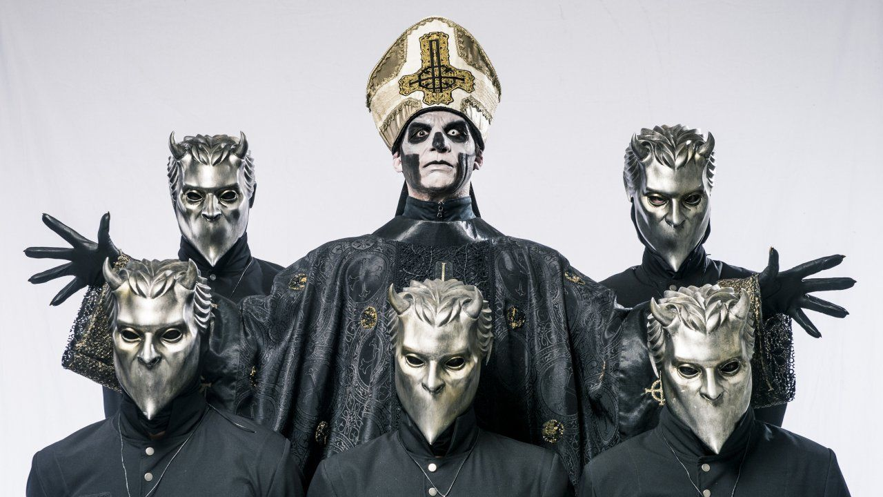"""O disco já tem o nome que diz muito """"Meliora"""". A promessa da banda Ghost se cumpriu. Oremos. http://obviousmag.org/diferente/2015/08/o-novo-disco-do-ghost-e-o-melhor-disco-do-ano.html"""