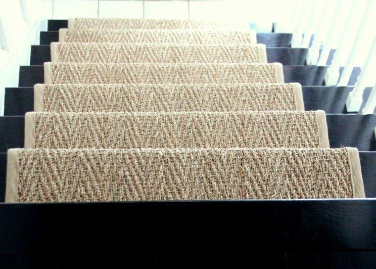 Escalier Jonc De Mer Pourquoi Faire Ce Choix Moquette Escalier Habiller Escalier Escalier