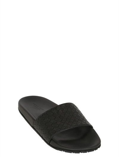 e73610465815 BOTTEGA VENETA Intrecciato Leather Slide Sandals