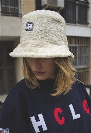 9b144dc04df9b Teddy faux fur bucket hat.