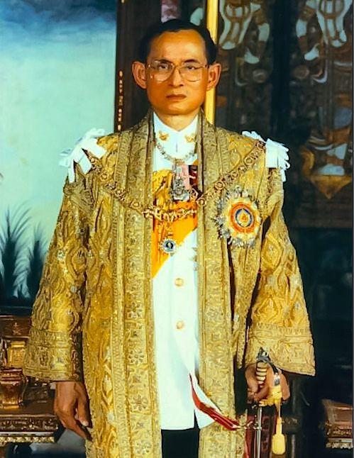 LONG LIVE HIS MAJESTY KING BHUMIBOL