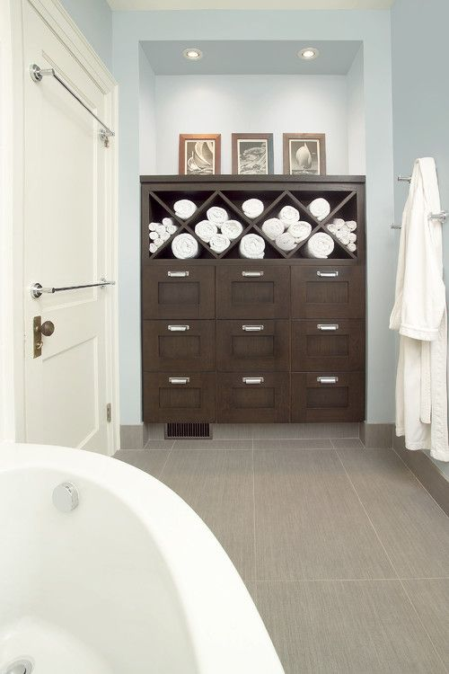 Stylish Ways To Display Towelsrolling Towels Looks Good And - Rolled towel storage for small bathroom ideas