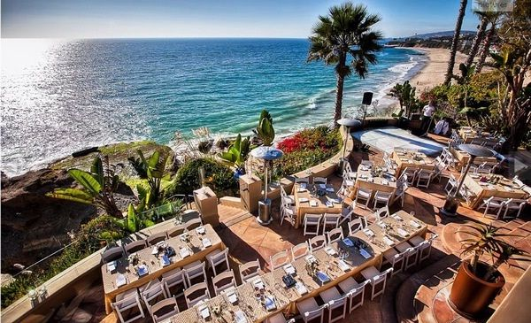 Wedding Reception Ideas When You Are On A Budget Check Out This Private Estate In Laguna Beach