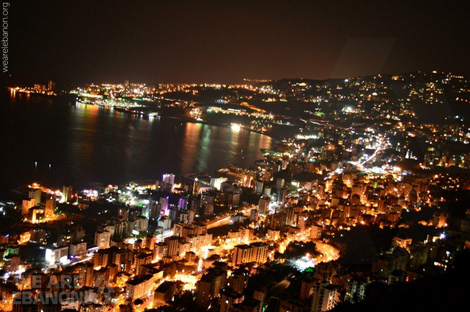 Jounieh As Seen Tonight What Do You Think Have A Wonderful Night Beautiful People صورة لمدينة جونيه الليلة شو رأيك Holiday Decor Holiday Christmas Tree
