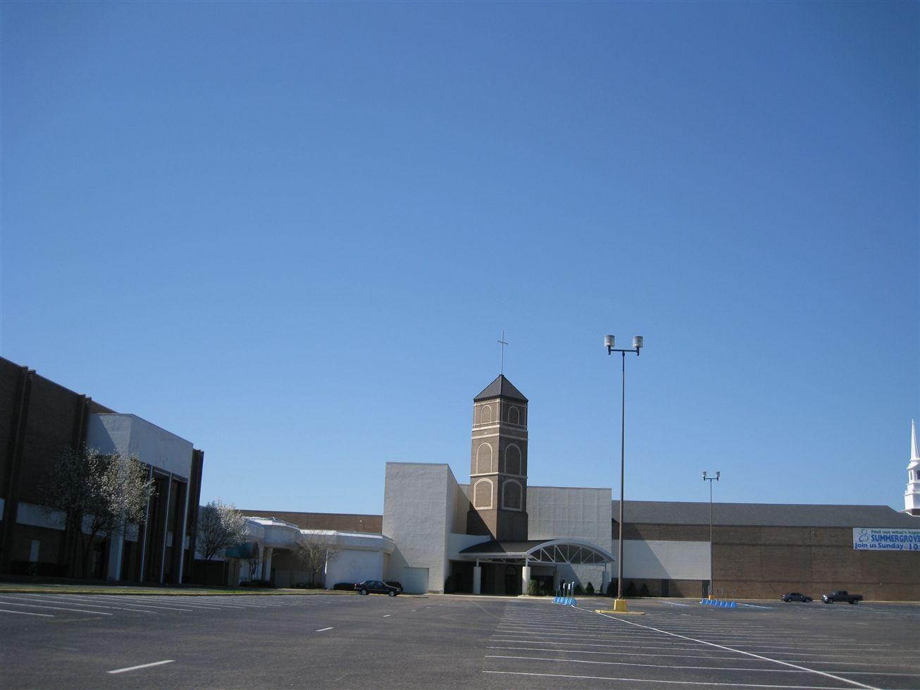 Commercial Building In Bossier City La South Park Mall Summer Grove Baptist Church Shreveport Louisiana Shreveport South Park Baptist Church