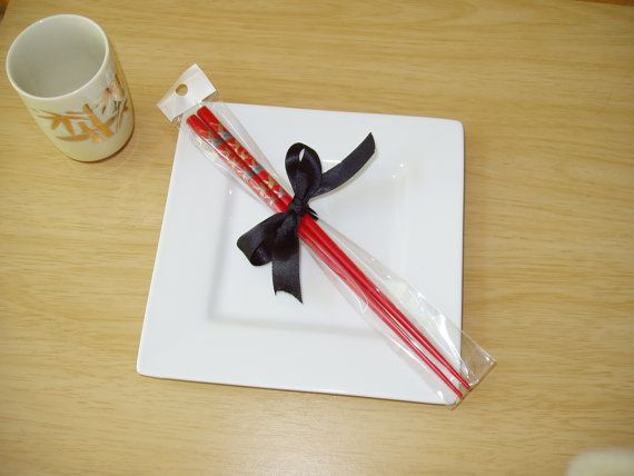 JAPANESE CHOPSTICKS RED BLACK HEALTH PARTY CHINESE BIRTHDAY DINNER HAIR STICK