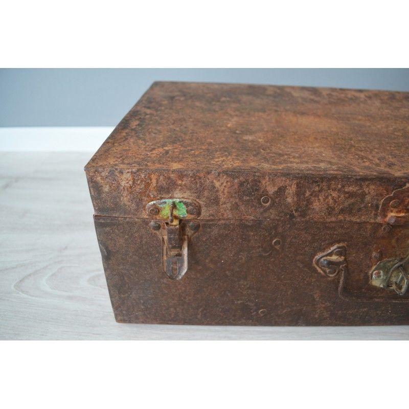 Oude Koffer Kist.Vintage Koffer Metaal Roest Koffers Kisten Vintage