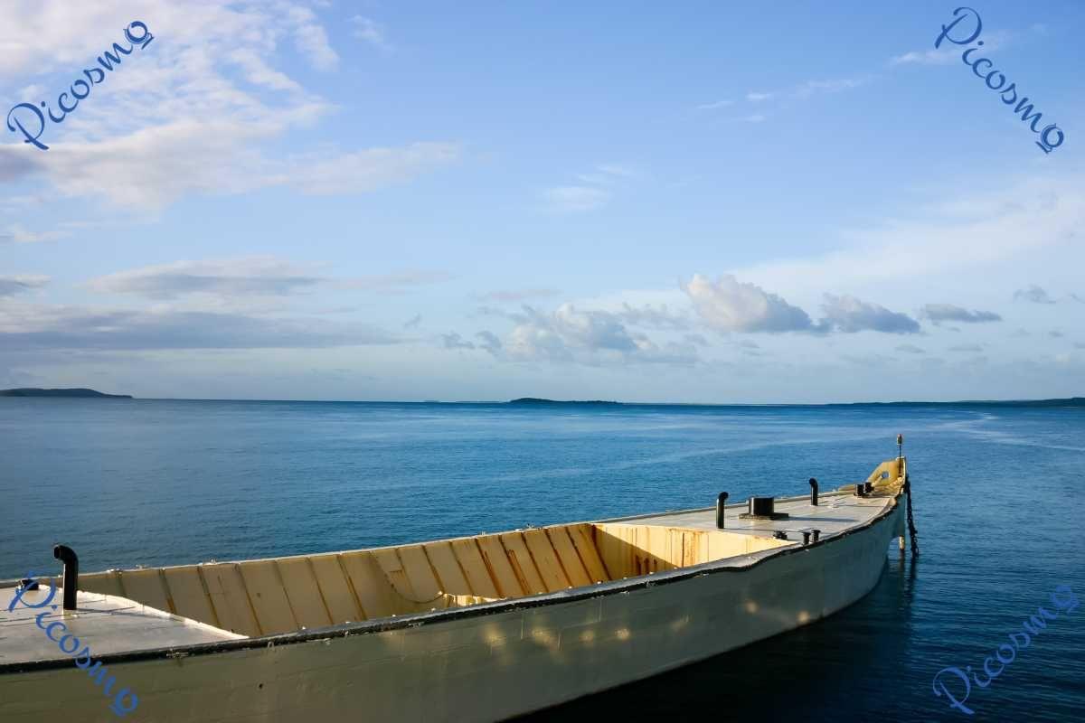 Picosmo Com Boot Vor Fraser Island Australien Meere Flusse Seen Australien Fluss Seen