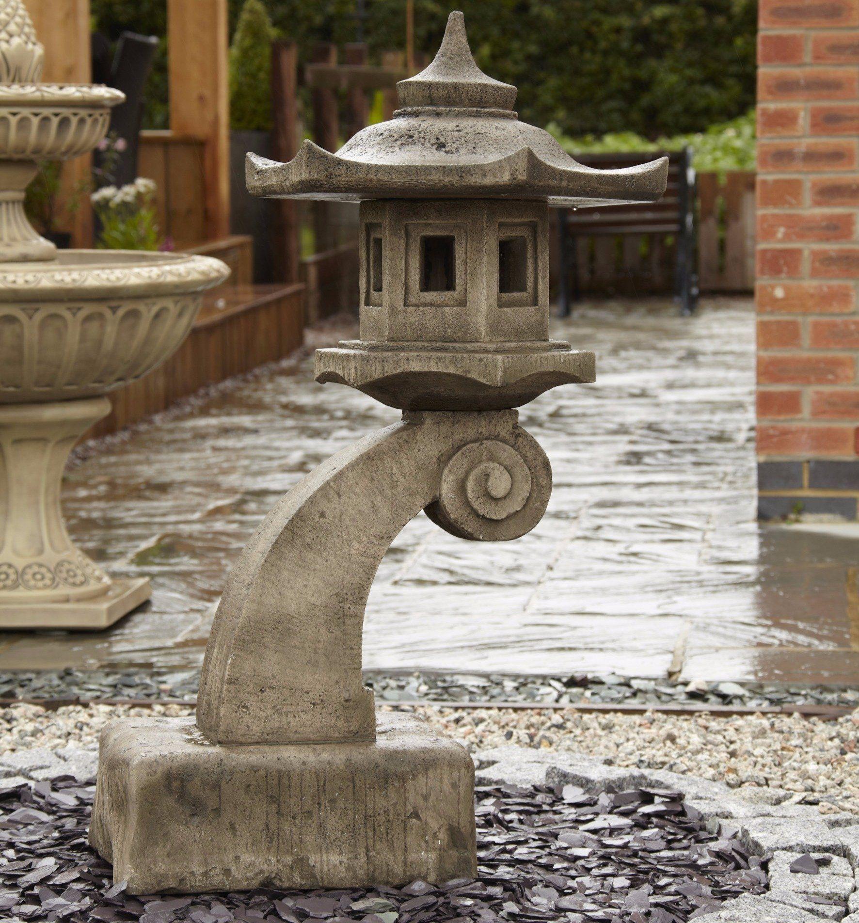 large curved bali oriental garden lantern | garden lanterns