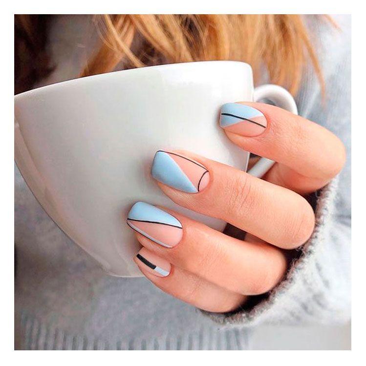 12 auténticas ideas de uñas minimalistas que puedes hacer tú misma