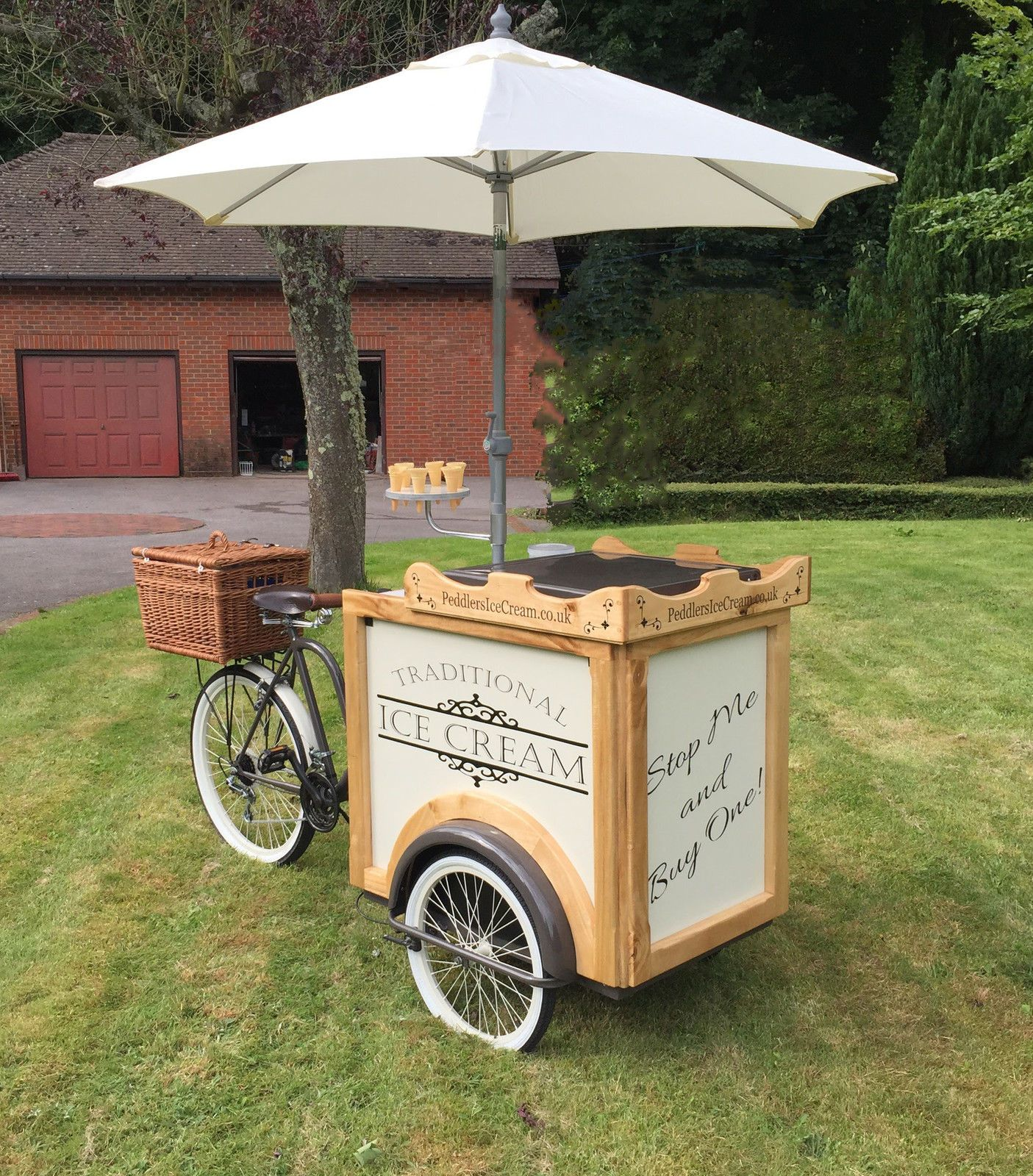 Ice Cream Cart For Sale >> I Pinimg Com Originals 7f B2 77 7fb277f3529ae39194