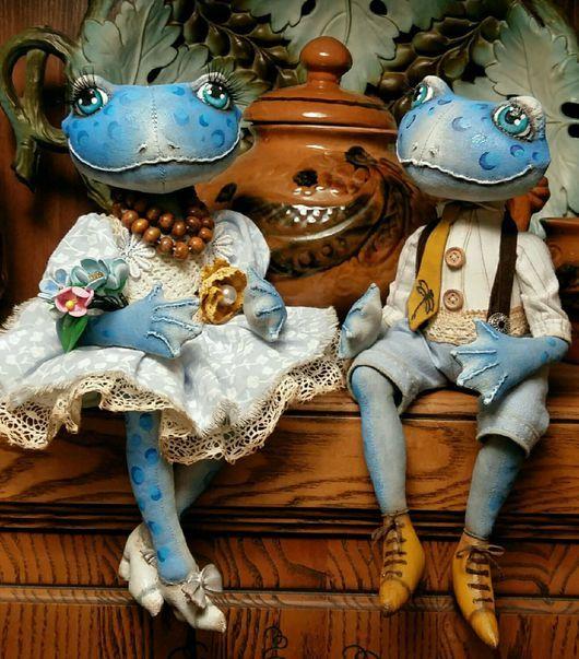 Коллекционные куклы ручной работы. Ярмарка Мастеров - ручная работа. Купить Парочка голубых лягух. Текстильная кукла.. Handmade. Голубой