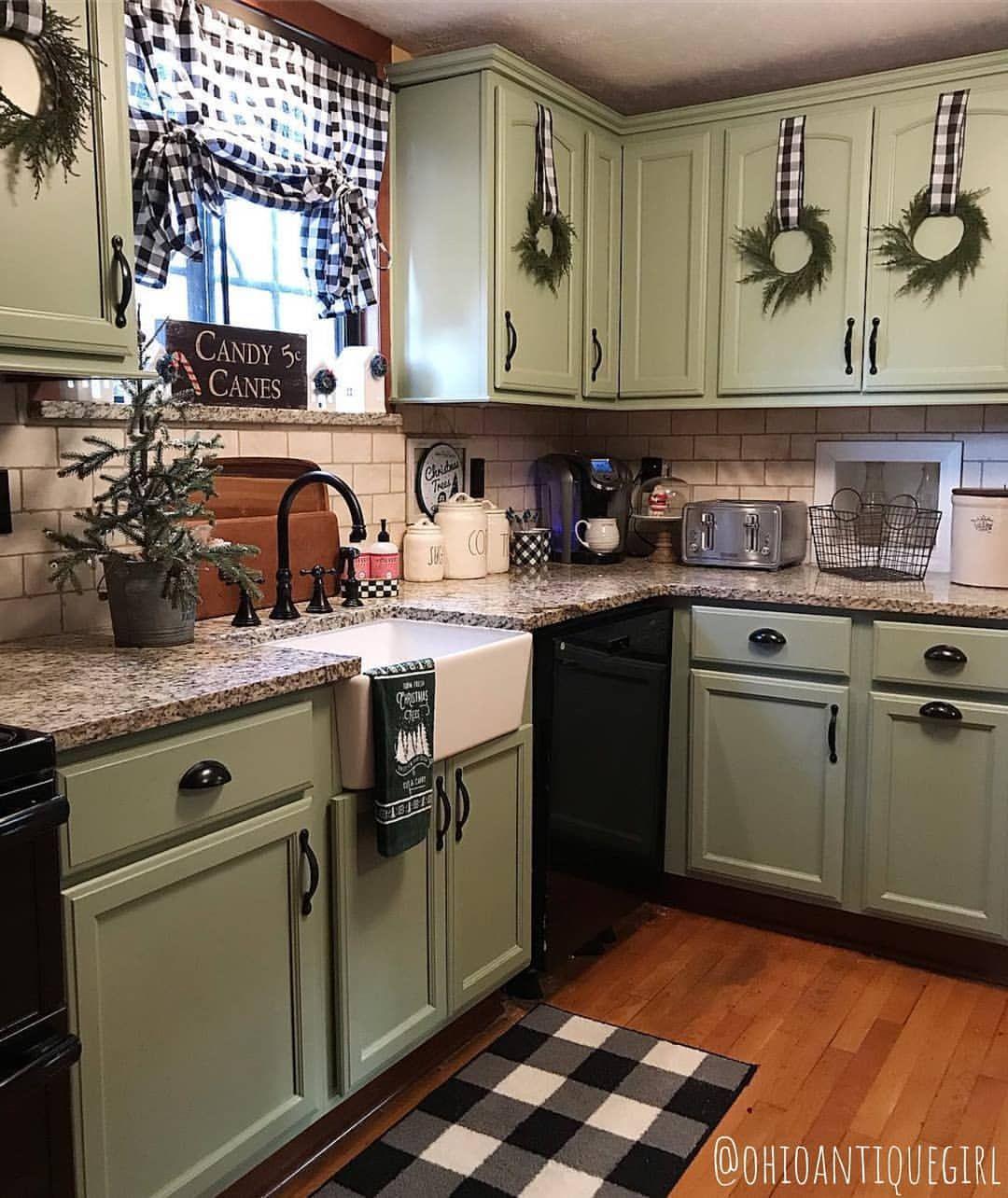 Christmas Decor Rustic Kitchen
