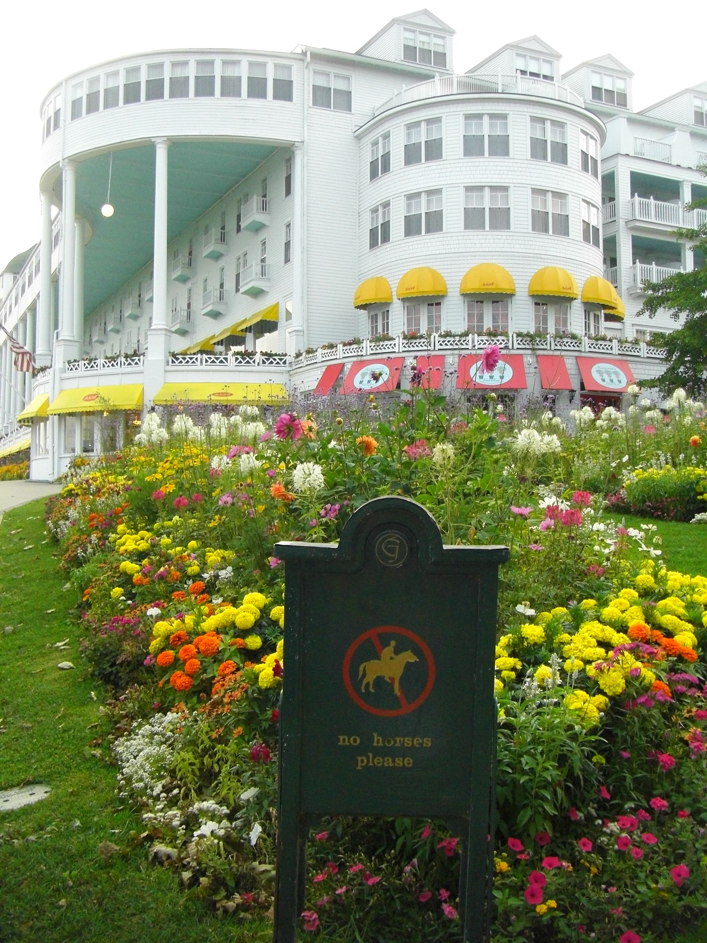Welcome To America S Summer Place Grand Hotel Mackinac Island Mackinac Island Michigan Mackinac Island
