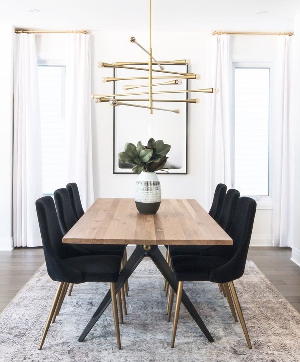 30+ Casual Black And Gold Dining Room Design Ideas For Inspiration
