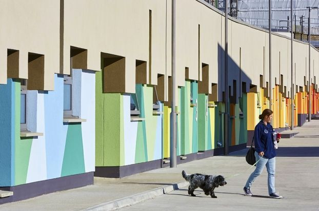 Battersea Dogs Cats Home Bdch Mary Tealby Kennels London United Kingdom Colour In Architecture 2015 Battersea Dogs Colour Architecture Cat House