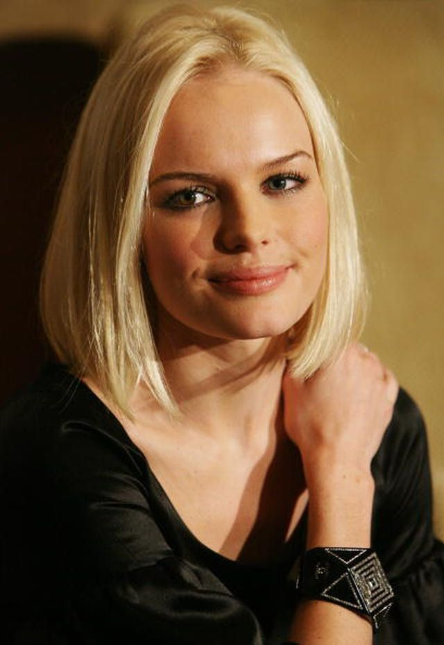 Celebrity Bob Haircut Photo Gallery Blunt Bob Straight Hair And