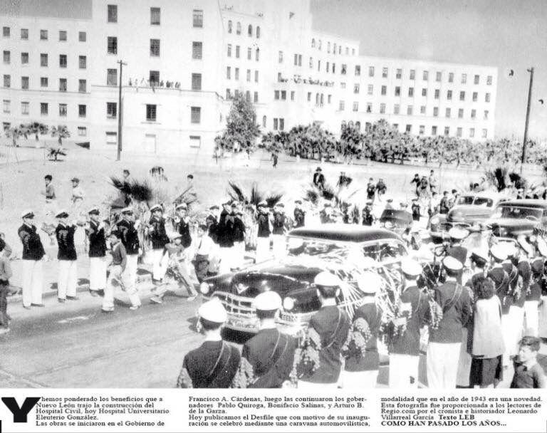 Desfile frente al Hospital Civil hoy Hospital Universitario,fecha aprox. 1955