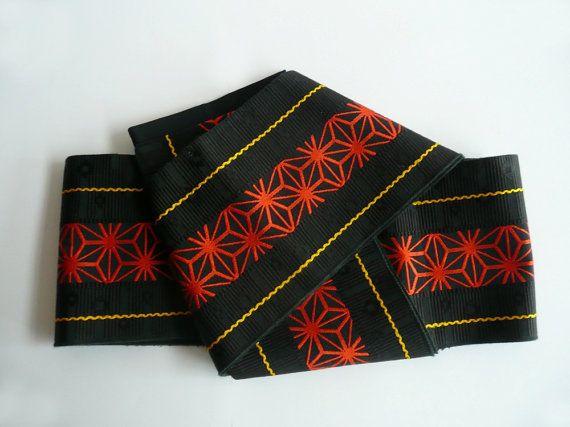 Casual obi sash - Japanese vintage - unisex - dance practice sash - red on black hemp leaf pattern - WhatsForPudding