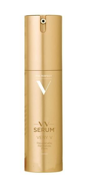"VERY V  Beauty Serum Til Dit ""V""  Fornyer. Revitaliserer. Forbedrer Din Hud. ------------- VERY V  Beauty Serum For The V  Rejuvenate. Revitalize. Firm."