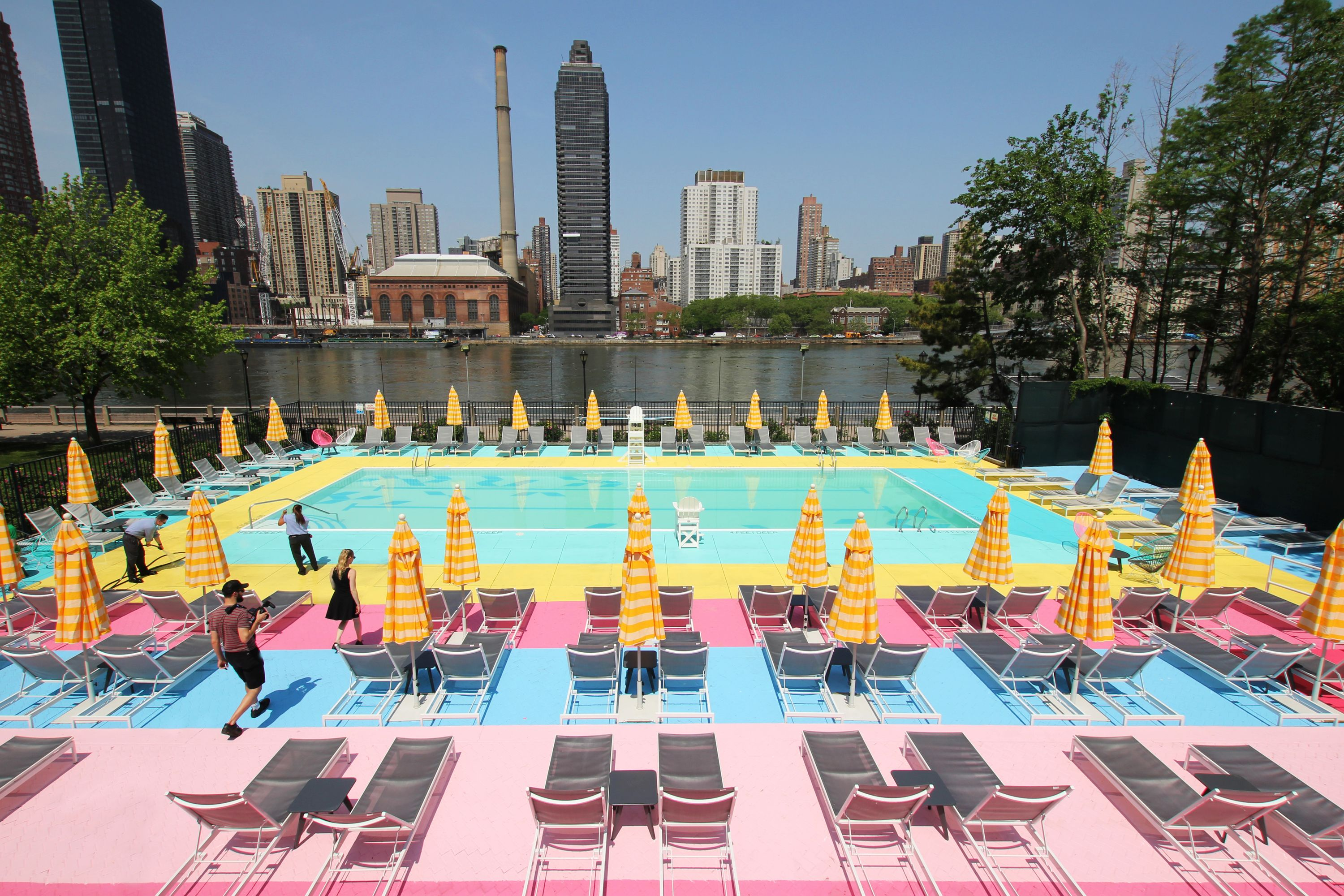 This Gorgeous Rainbow Pool Is Open For Summer At Roosevelt Island