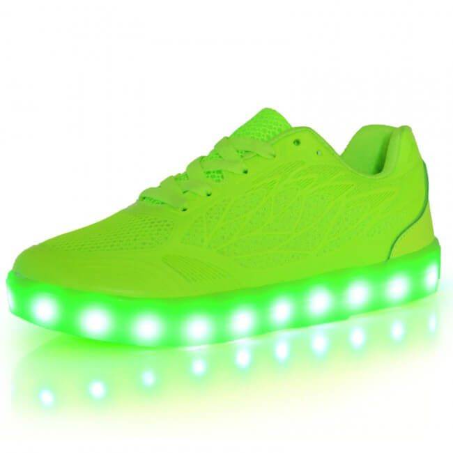 Kids Light Up Shoes Glow in The Dark Sneakers LED Casual Luminous Trainers