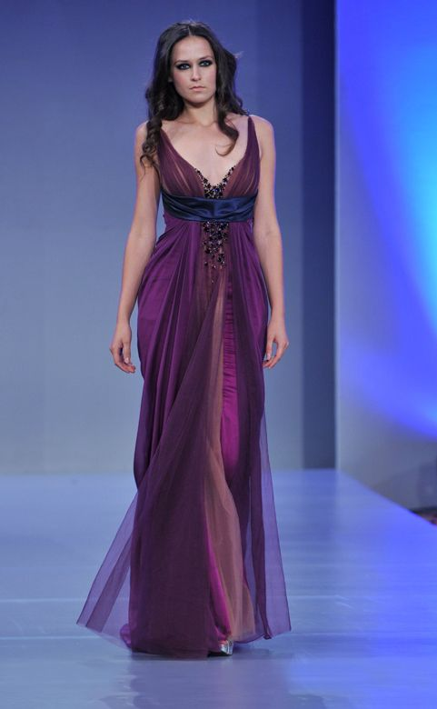 Purple #dress by Mireille Dagher on the #runway