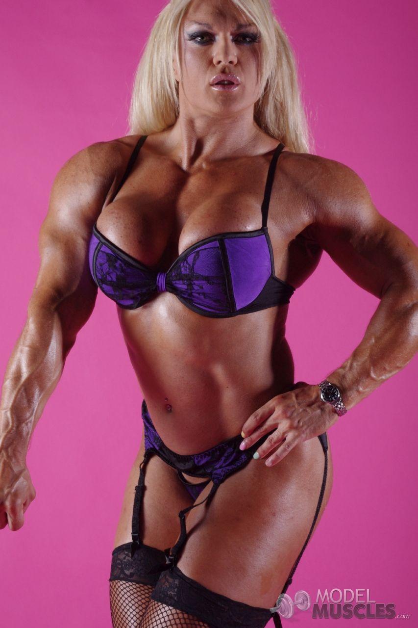 Lisa cross lisa cross bodybuilding big beautiful female - Lisa cross fbb ...