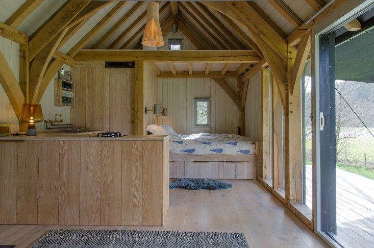 Out of the Valley cabin in Devon, England | Gardenista