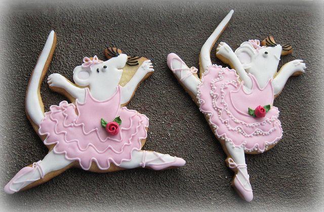 Angelina ballerina cookies.