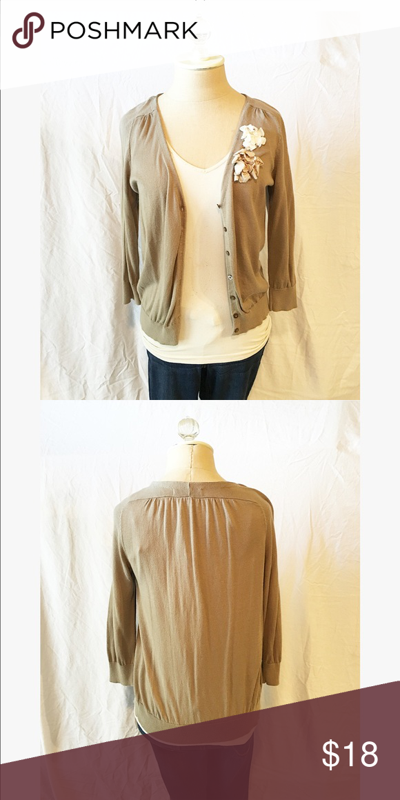 31022ac1a89 Old Navy Tan Flower Cardigan Straight fit