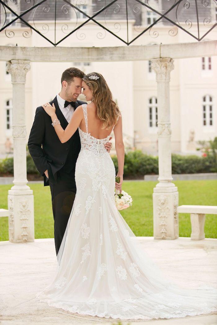 Hochzeitskleid mit Spaghettiträgern, mit tiefem Rückenausschnitt ...