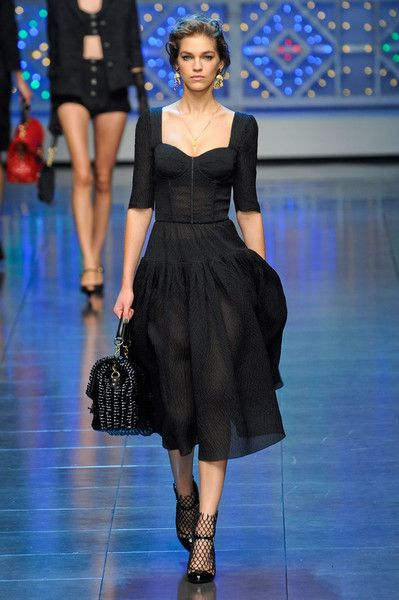 Dolce   Gabbana at Milan Fashion Week Spring 2012 in 2018   So Fresh ... 8b5f6c6a907f