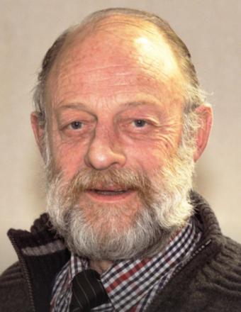 † Herman Smorenberg (69) 18-02-2016  Herman Smorenberg (69), de vroegere uitgever van weekblad Arena, is vrijdagochtend overleden. Smorenberg is een van de grondleggers van de lokale krant en was ook lang voorzitter van de VVD Landerd.